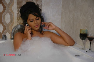 Tollywood Actress Rachana Mourya Spicy Stills in Tub 0003