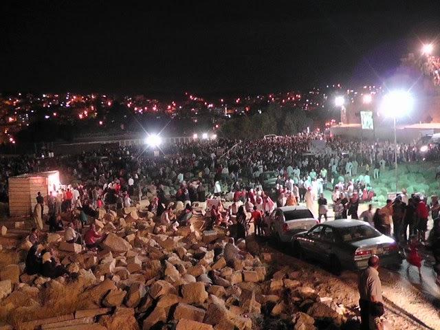 مهرجان الحقيقي والذي يمثل الأردنيين S1910096.JPG