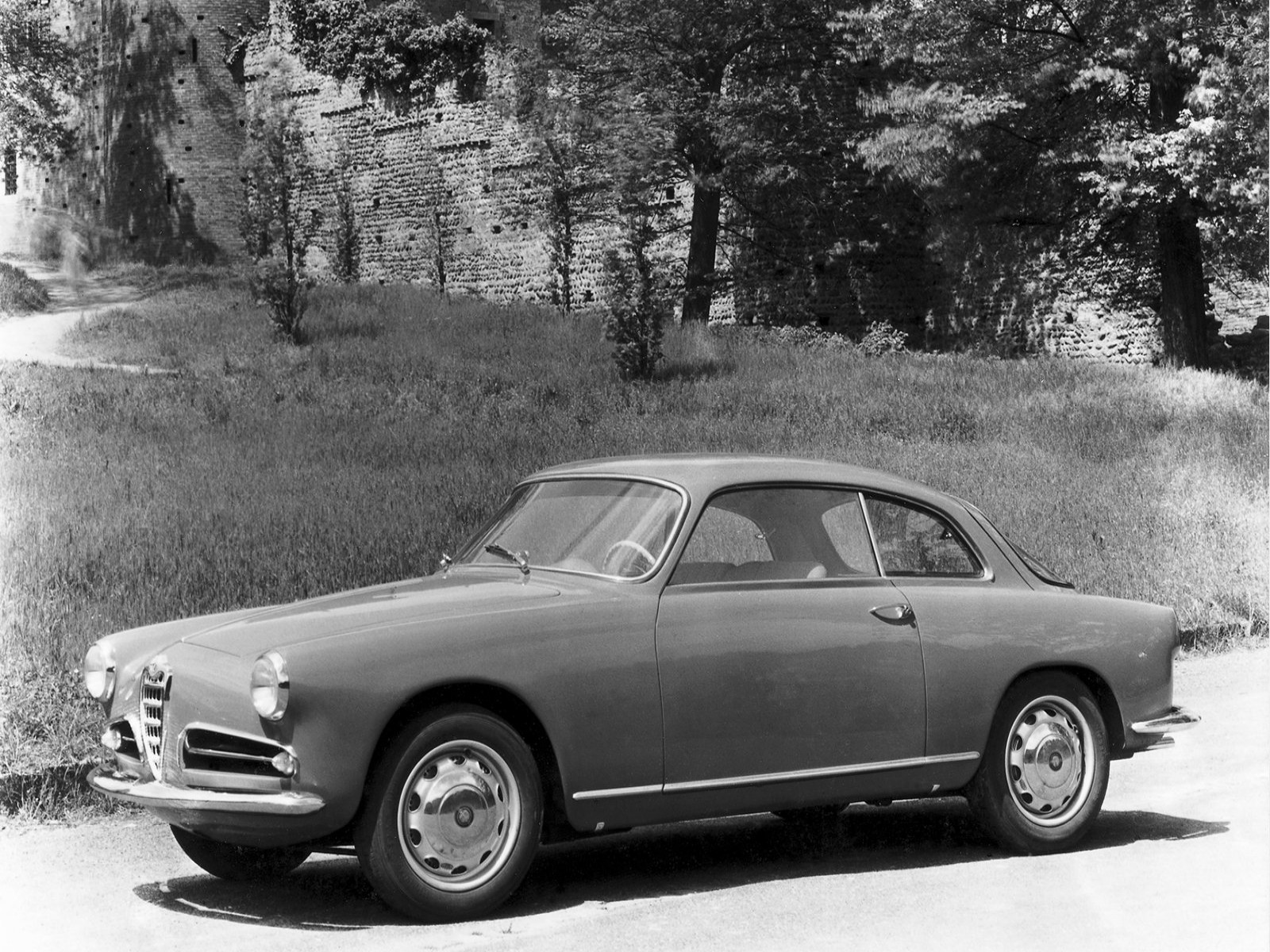 1954 alfa romeo giulietta sprint related infomation specifications weili automotive network. Black Bedroom Furniture Sets. Home Design Ideas