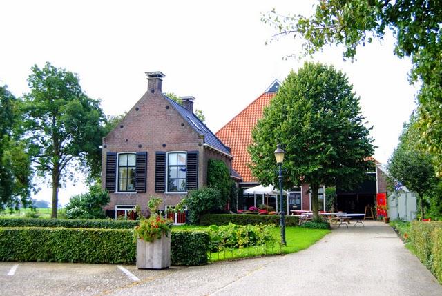 http://www.pronkkamer.nl/friesland/linde-zathe/21/