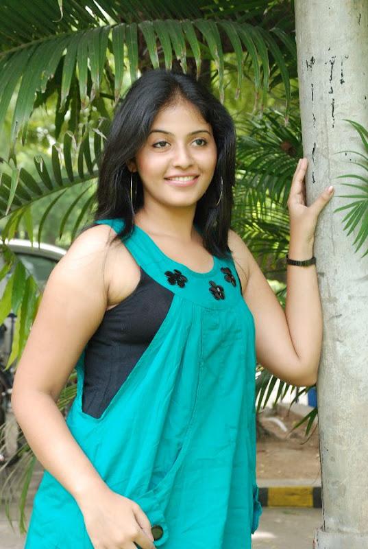 Anjali Latest Cute Stills In Engeyum Eppothum Press Meet glamour images