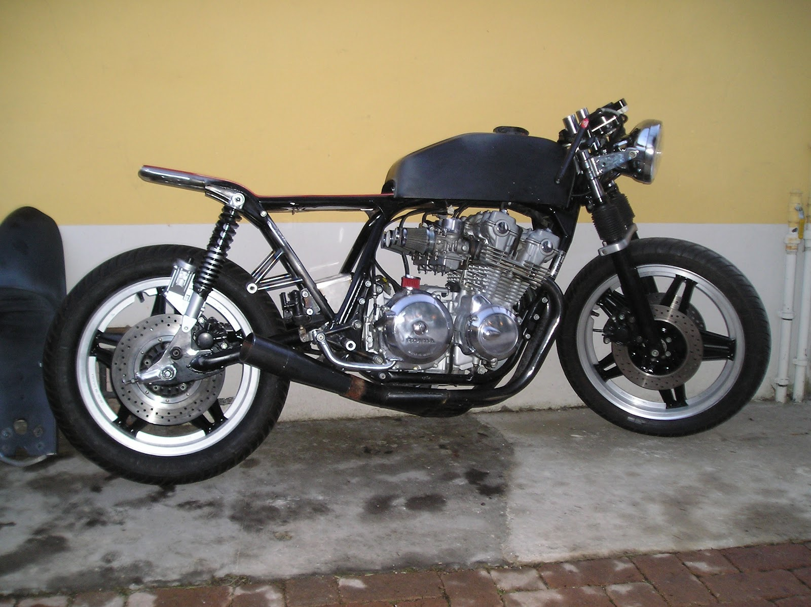 MOTOCICLETTE CHEMICAL GARAGE  cb 750