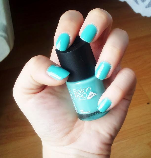 Kolorowe lato na paznokciach czas zacząć :) Rimmel Salon Pro 500 Peppermint