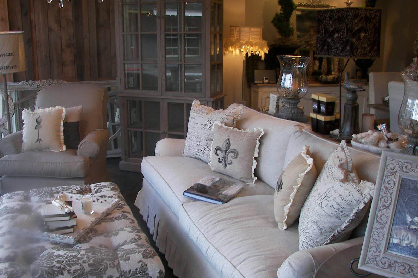 Boiserie c bianco grigio celeste marrone 30 delicate for Idee di arredo