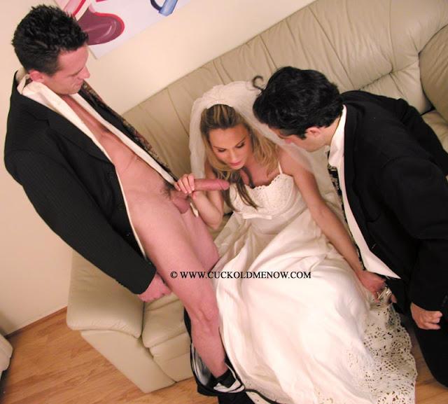 Mujeres Calientes En Vestido De Novia Rubia Cogiendo El