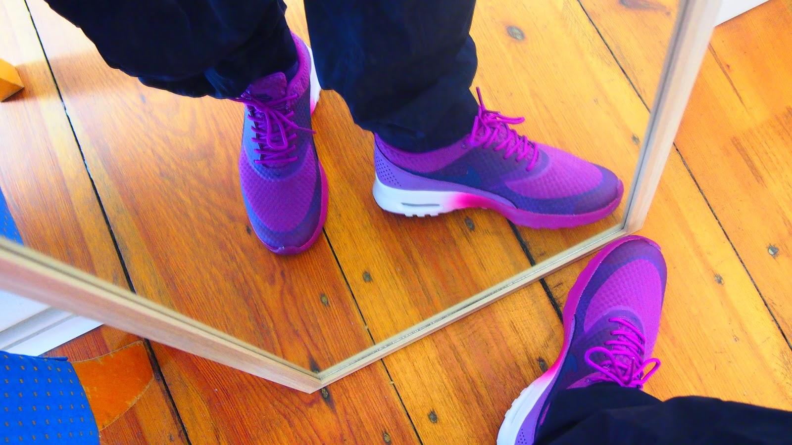 Nike air max thea sopii salille!