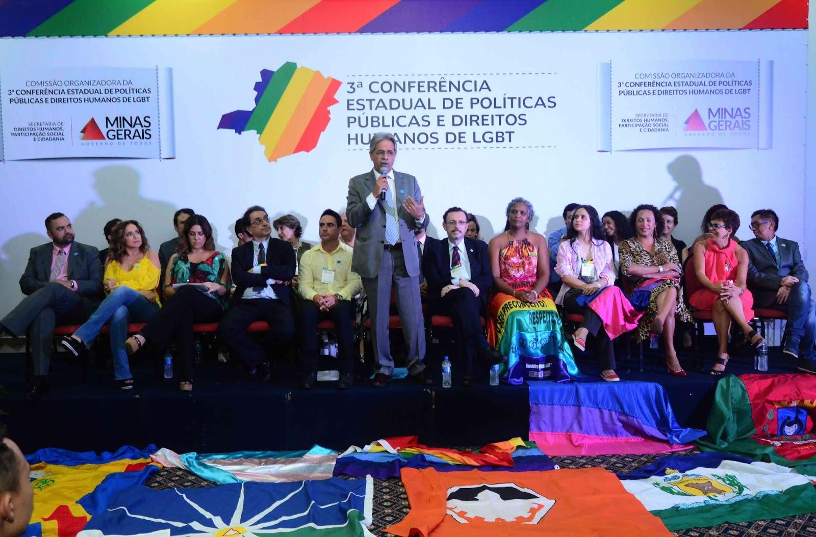 """""""O que não pode, por exemplo, é haver discriminação e preconceito"""", enfatizou Nilmário Miranda durante a 3ª Conferência Estadual de Políticas Públicas e Direitos Humanos LGBT."""