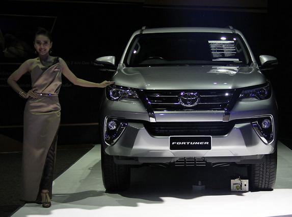 Peluncuran Toyota Fortuner Terbaru 2015 - 012