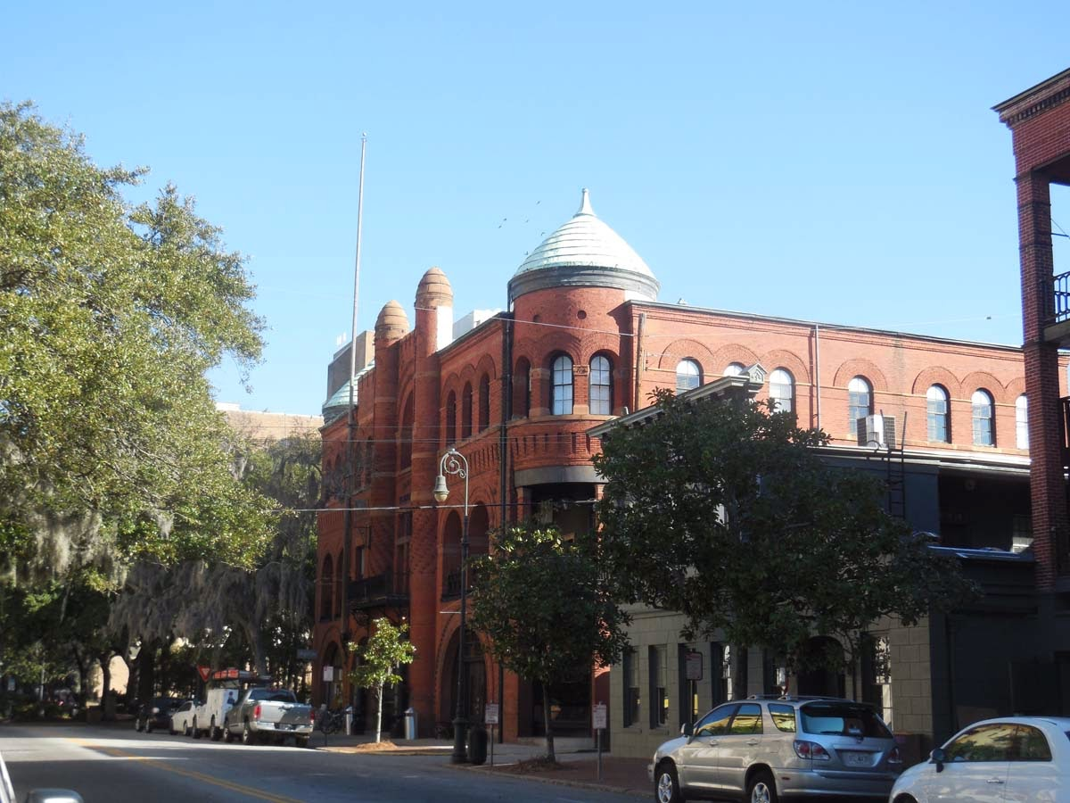 savannah college of art and design admissions essay Undergraduate application high school/secondary school juniors and seniors, or high school/secondary school graduates who have not attended a college or university includes home-schooled and jointly enrolled students.