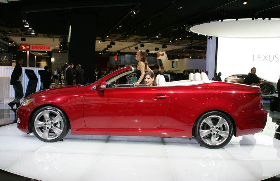 New Cars Models: Lexus IS 250c Cars Models