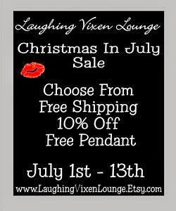 www.laughingvixenlounge.etsy.com