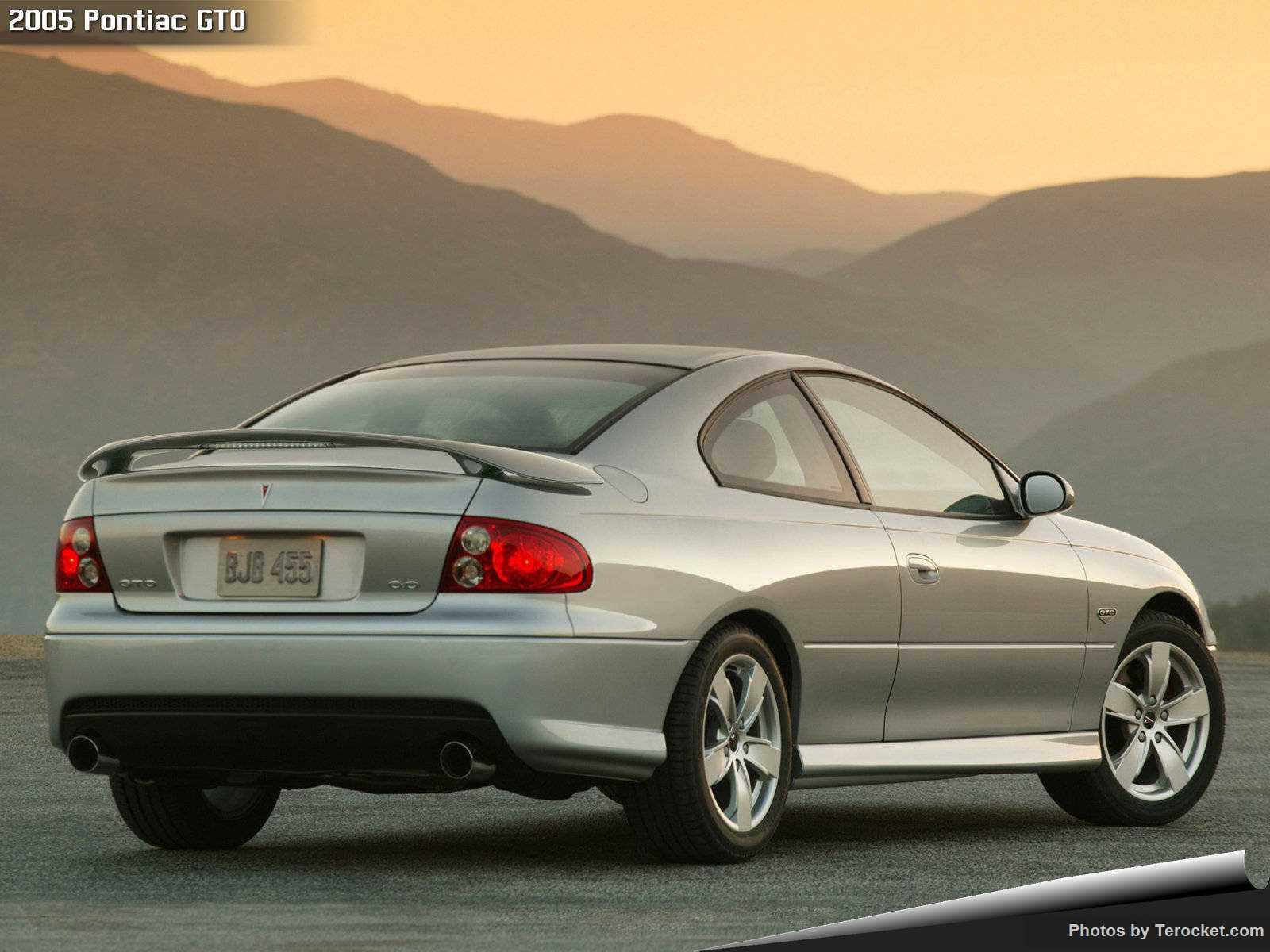 Hình ảnh xe ô tô Pontiac GTO 2005 & nội ngoại thất