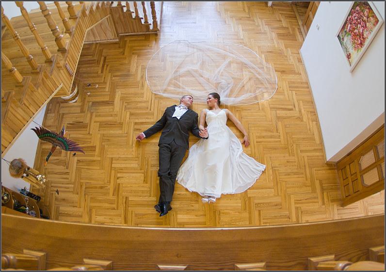 nestandartinės originalios vestuvinės nuotraukos