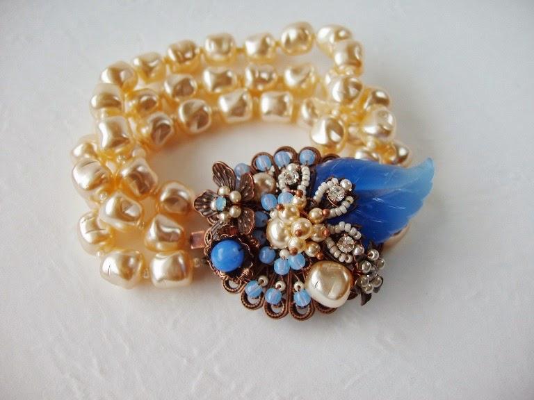 jewellery by mdmButiik Estonia Eesti disain käsitöö ehted käekett pärlitest Armband perlen antik alt Pelres ancienne de verre
