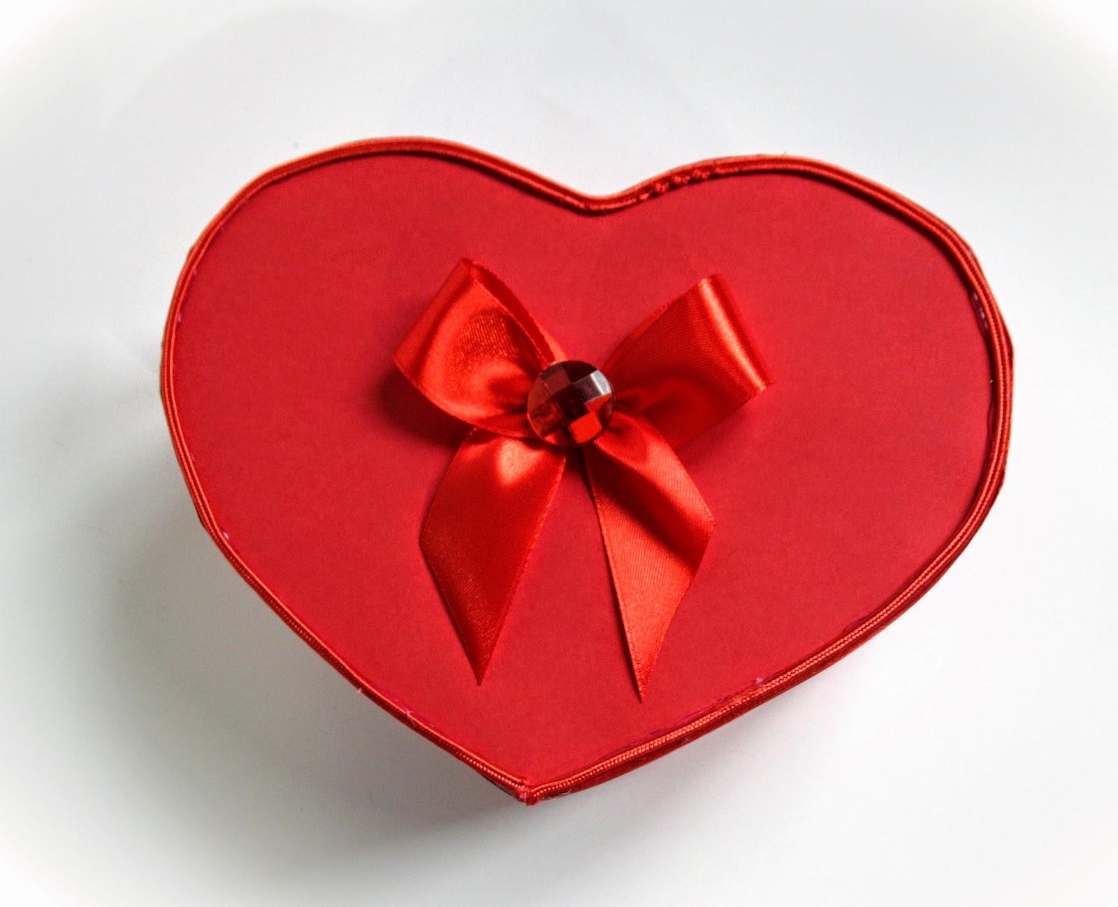 Как сделать коробочку-сердечко 40
