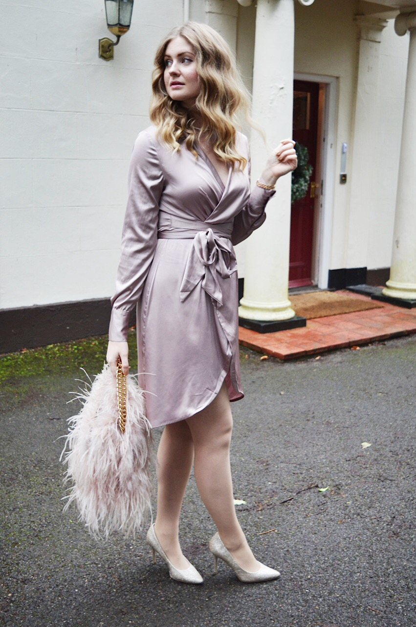Party outfit inspiration, fashion bloggers, FashionFake