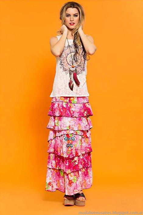 Faldas largas con volados otorgan volumen a la prenda. Sophya verano 2015 moda verano mujer.