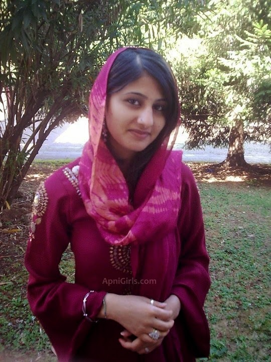 pakistani call girl mobile number