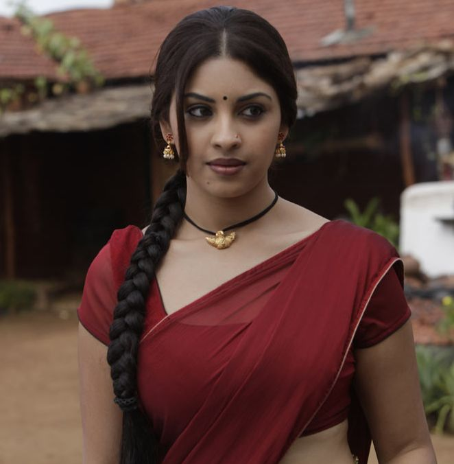 richa-gangopadhyay+sexy+photos