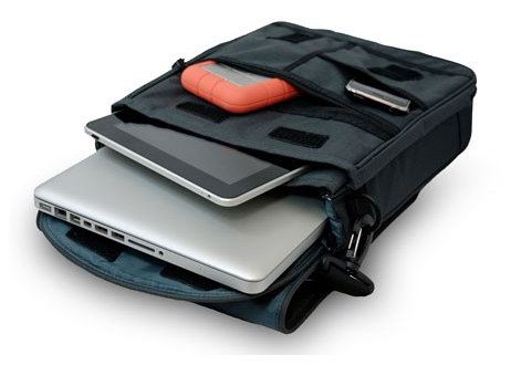 "Sleek and Stylish STM Small Alley 13"" MacBook Bag - Carbon"