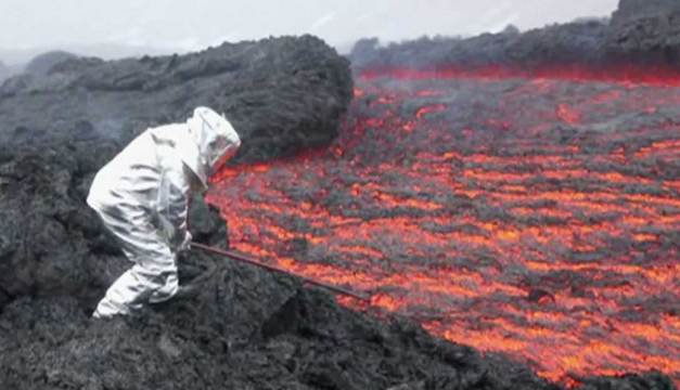 Amelia pt england school a volcanologist