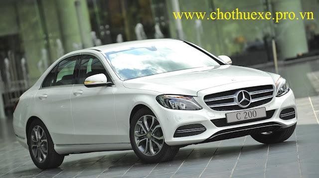 Cho thuê xe 4 chỗ Mercedes Benz C200 sang trọng