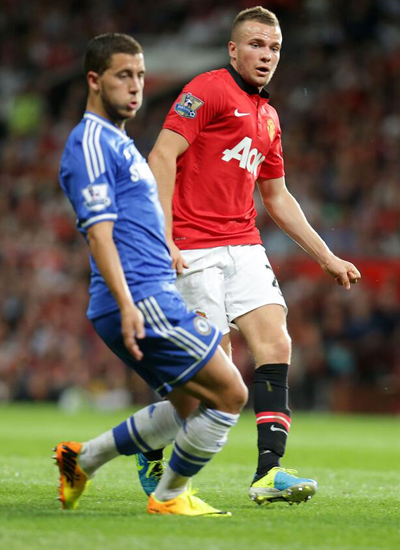 Cleverley+Hazard Manchester United v Chelsea 2013