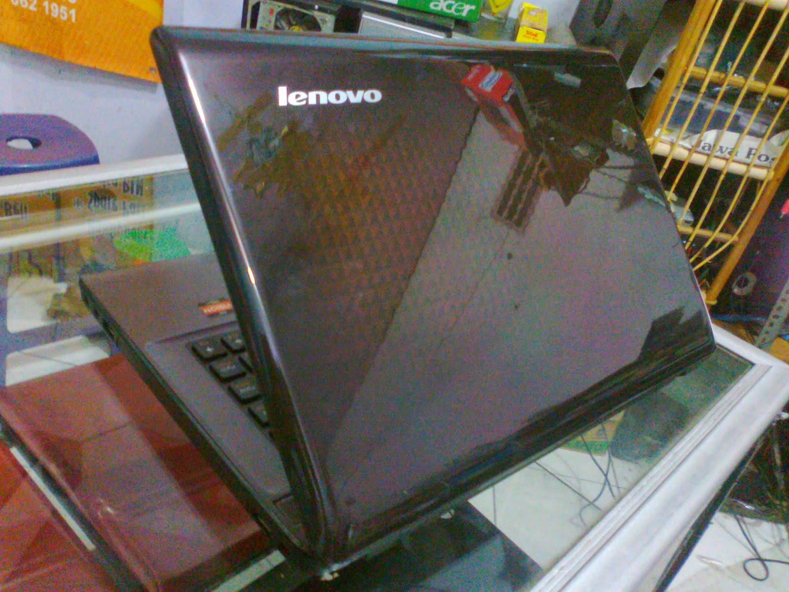 Lenovo Z475 Hard Gaming AMD A8 Quad Core