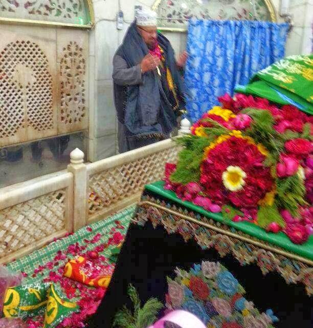Hazrat Daataa Ganj Bakhsh Lahore Visit dua allama kaukab noorani okarvi