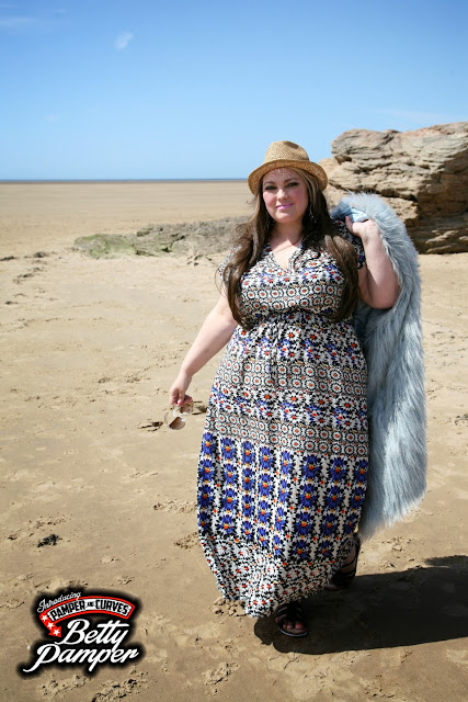 plus size summer chic