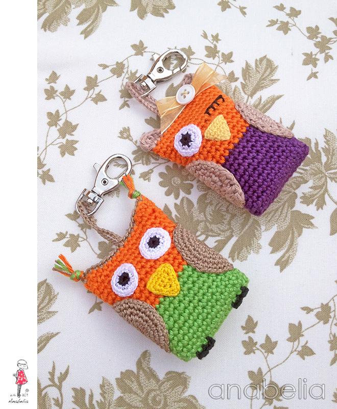 Crochet owl keychains by Anabelia