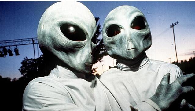 Έξι υποθέσεις που σχετίζονται με τους εξωγήινους
