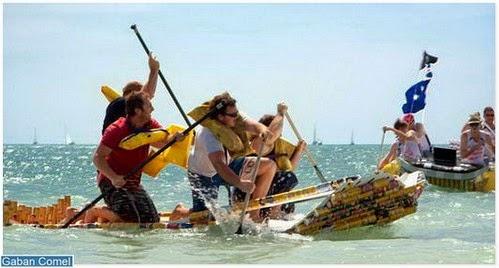 Menarik Pertandingan Lumba Perahu Yang Diperbuat Dari Tin Arak