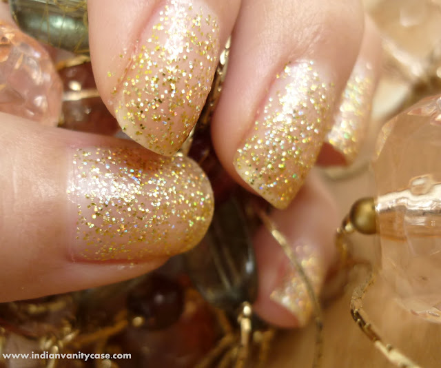 Indian Vanity Case: Glitter Gold Nails (Now Named