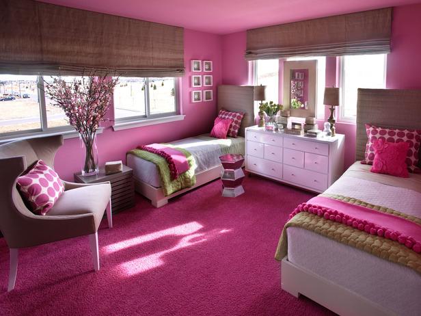 Sophisticated girl 39 s room palette of linen hot pink and green design dazzle for Linda platform customizable bedroom set