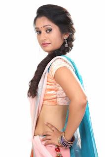 actress navel show