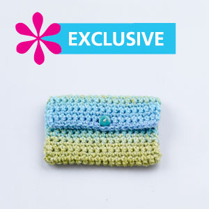 Crochet Clutch Pattern Free : Frugal Freebies: Free Crocheted Clutch Pattern (ALL)