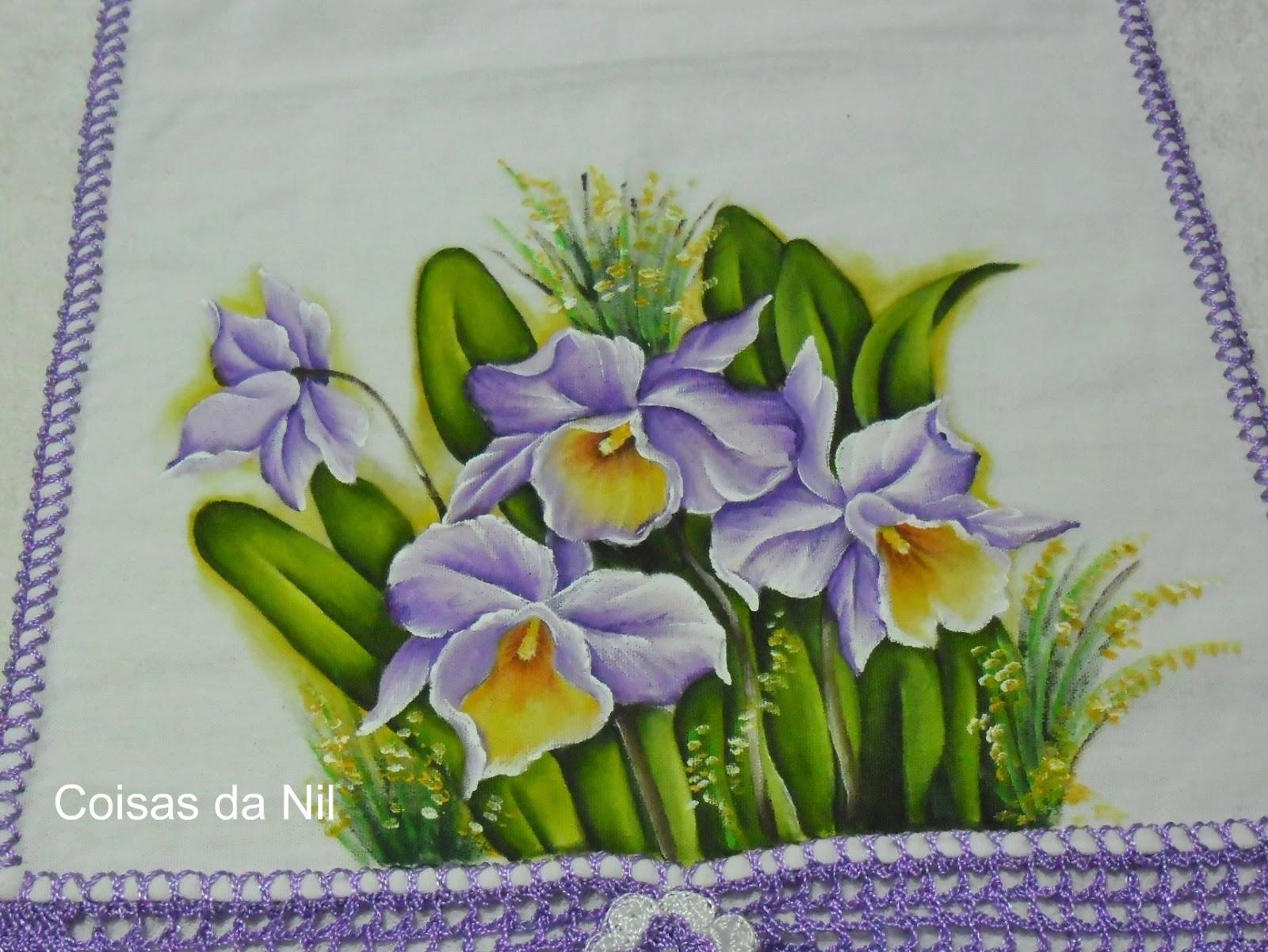 Pintura em tecido - Pano de copa com barrado de crochê e orquídeas.