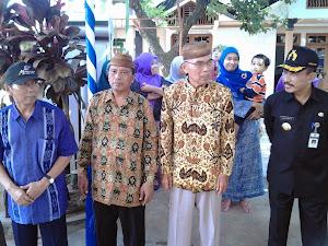 Bupati Pati, Ketua PCNU Pati & KH. Imam Shofwan menyaksikan pawai HAUL Mbah KH. Muhammad Karim