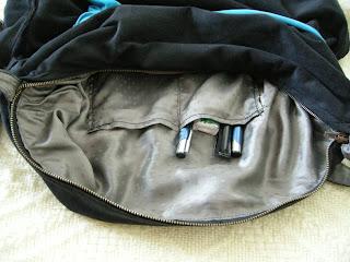 szycie - czarna torebka