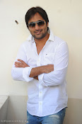 Telugu Hero Tarun latest Photo Shoot photos Stills Gallery-thumbnail-5