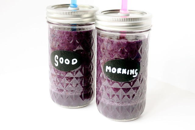 watercress, blueberry and pineapple smoothie