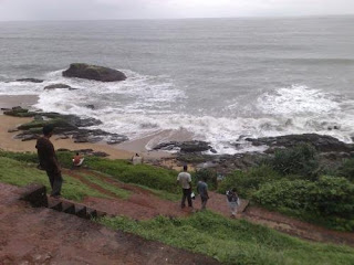 Way to Bekal Fort and beach