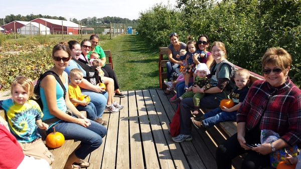 MOMS Club York members on a hayride