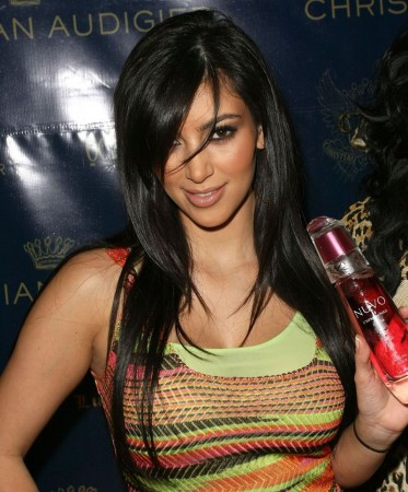 Kim Kardashian Hairstyles, Long Hairstyle 2011, Hairstyle 2011, New Long Hairstyle 2011, Celebrity Long Hairstyles 2063