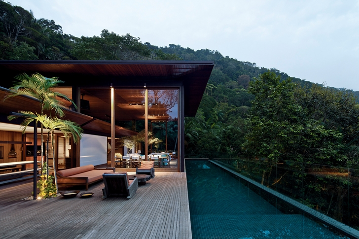 House in the forest by Jacobsen Arquitetura