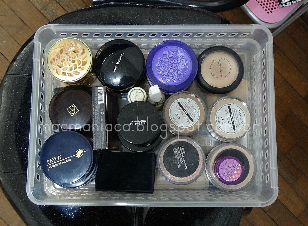 sobre organização e montagem de espaço de maquiagem gastando pouco #434588 1060x778