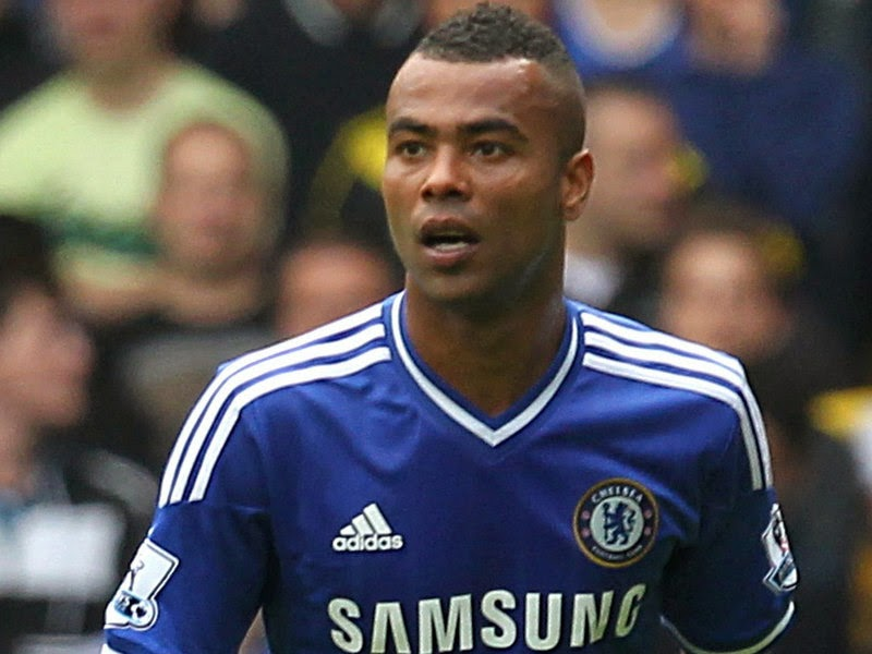 Spurs in for Ashley Cole