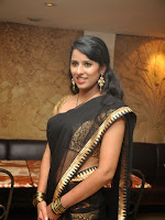 Sravya Reddy Latest Glam pics in Saree-cover-photo