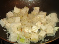 simple Chinese recipe with northern Chinese style sauerkraut and frozen tofu